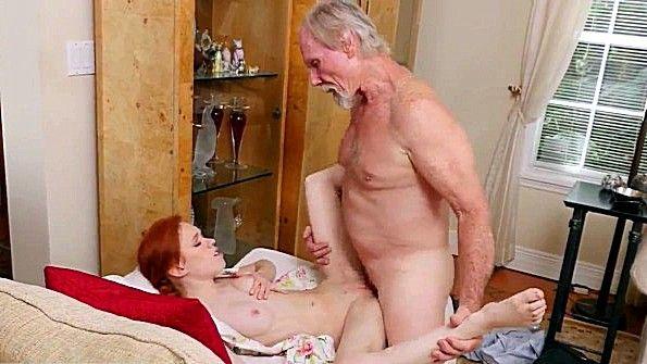 Порно Страпон Старые